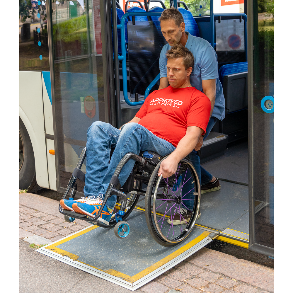 Transfer from a bus using a ramp